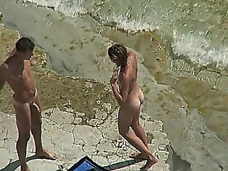 Amateur Couple - Public Sex On The Beach