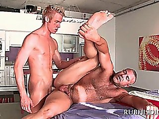 Excited Gay Masseur Getting His Butt Fucked By Hot Stud