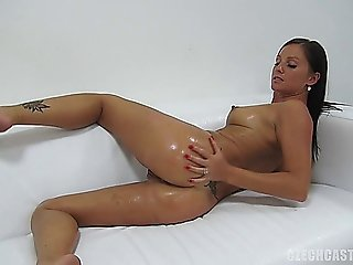 Lovely Lucie A Czech Honey Masturbates After Interview
