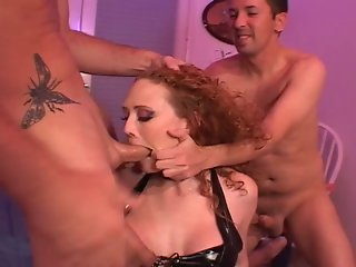 Audrey Hollander Gets Her Asshole Stretched By Fisting