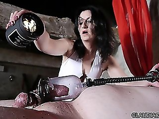 Video Bdsm Seance Cire Et Fist Anal Maitresse Claudiacuir