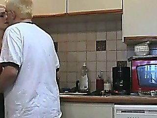 Housewife Hannah Fucks In The Kitchen