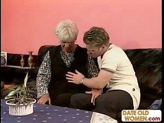 Old mature homemade sex