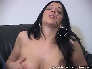 Experience titty fuck between nice big bouncy tits