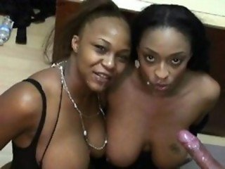 Ebony beauties Carmen Hayes & Vida Valentine in cum swapping headliners