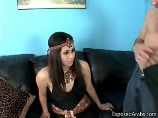 Arabian girl loves sucking on a big