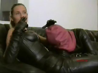 Strap-on session in full leather