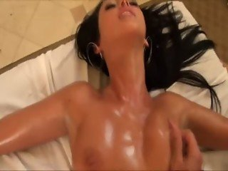 Masseur sucks a pornstars toes while fucking her