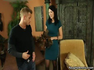 Zoey Holloway,My Friend's Hot Mom,Zoey Holloway, Bil from http://oqps.net