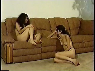 Brunette Florida Twins - Foot Fetish & Toe Sucking, Shrimping fun!
