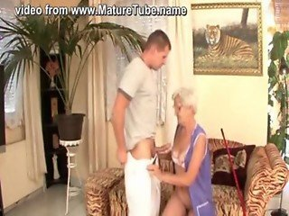 Granny cleaner fucked by young master