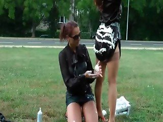 Lesbo hoe gets sexy butt messy outdoor