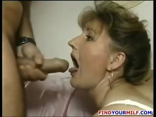 German dude fucks a nice hairy mature lady www.hdgermanporn.com ! German-Mature-porn
