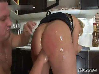 Blonde cougar gets her tight anus