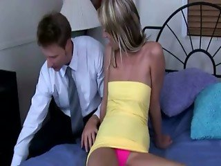 Doctor releaves his blonde client