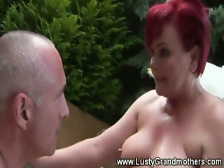 Old amateur grandma has greedy throat