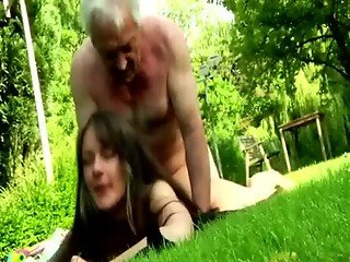 Lucky grandpa get his rod sucked by hardcore young bitch outdoors