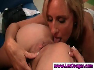 Stockinged milf gets muff licked by a lesbian coed