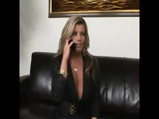 Shes The Boss - Kristal Summers