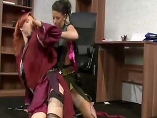 Spoiled rich babes get in a cat fight