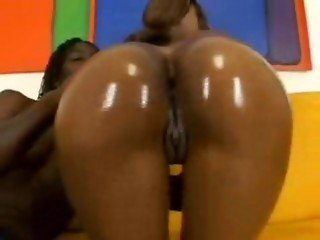 Gin and Juicy Asses #3 Divine