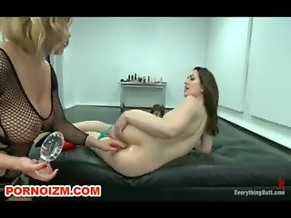 Lesbian Anal Dungeon Slave