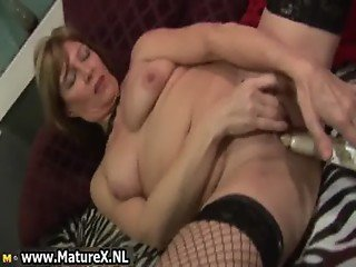 Horny experienced lady spreads