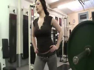 Savanah double fucked in fitness room