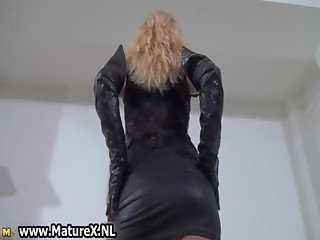 Kinky blonde mom in latex loves