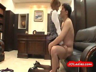 Office Lady Getting Her Pussy Fucked By Her Boss In The Office