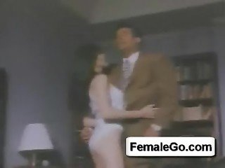 londe girl fingers to orgasm