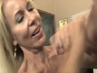Hot mature teacher wants her best students spunk on her face
