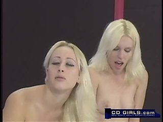 Two blonds and their dualing sybian machines