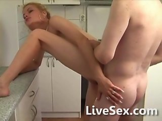 Creamy sex in the kitchen