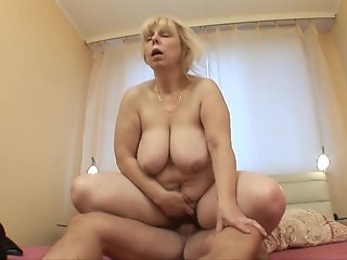 Mature BBW getting fucked