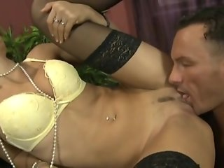 Hot secretary Sofia Gucci fucks her boss