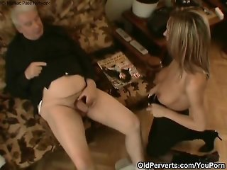 Sexy maid wants old dick