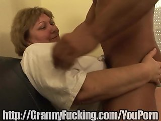 Hot old girl sucks guy