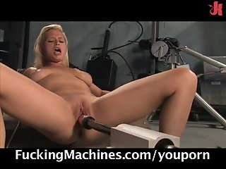 Blonde beauty and her fucking machines