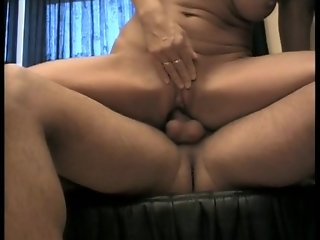 I just banged my friends mom (clip)