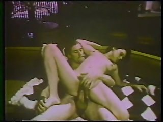 Retro Unshaved Cougar Gets Banged - Classic X Collection