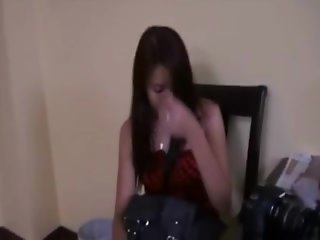 Tall Filipina streetwalker gets creampied