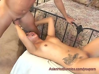 extreme asian deepthroat