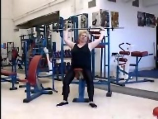Italian Granny in the Gym R20