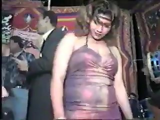 Arab belly dancer meen 8er kolt