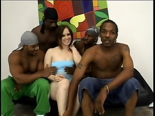 Interracial DP on pale brunette (Camaster)