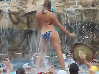Hot Bikini Teens - Horny Babes gone wild on beach party