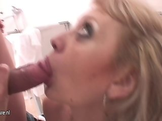 Hot blonde mom getting fucked in a washing room