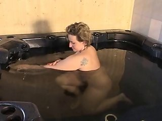 Plump Mom Gets Fucked In The Hot Tub