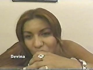 Devina long nails blowjob POV